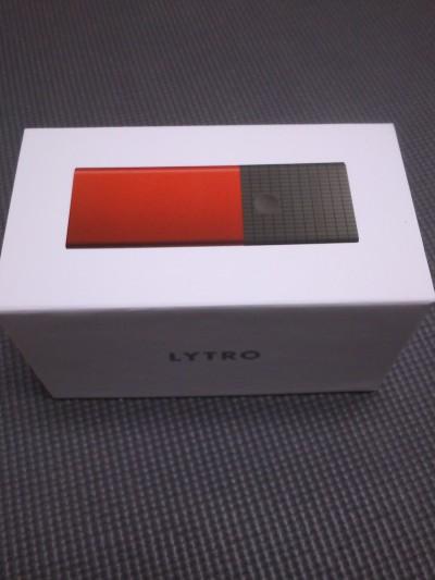 Lytro買ったので、開封の儀を執り行う。